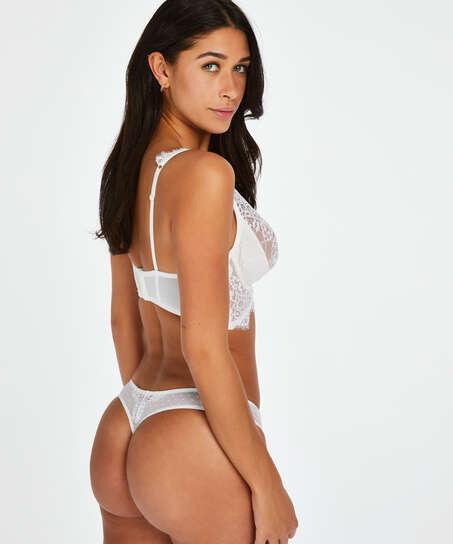 Stringtrosa Marilee, Vit