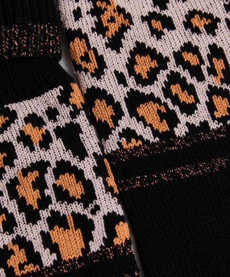 Strumpor i leopardmönster, Svart
