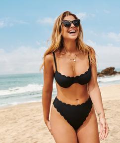 Högt skuren bikiniunderdel Scallop Glam, Svart