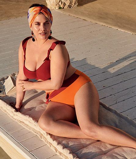 bikini för äldre kvinnor